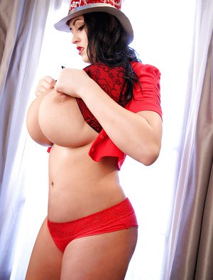 Buxom party babe Leanne Crow exposes her massive natural breasts