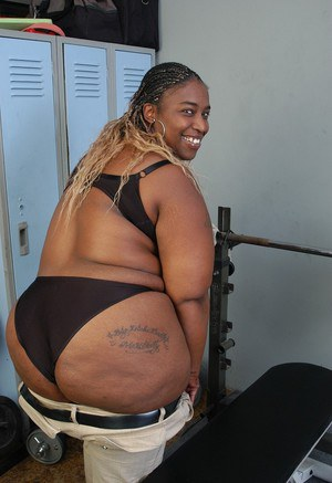 BBBW Lyrico exposing big black breasts and big fat black ass