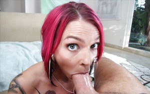 Inked model Anna Bell Peaks on knees sucking big thick cock