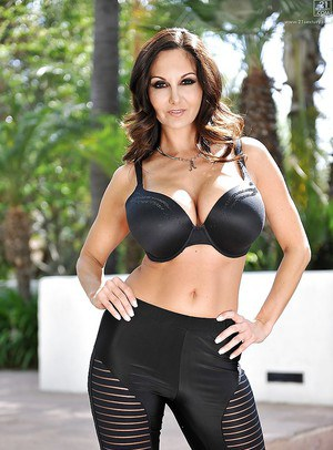 Buxom brunette MILF Ava Addams posing for non nude outdoor shoot
