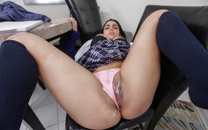 Dick loving amateur Ada S getting her cunt destroyed by a fat boner