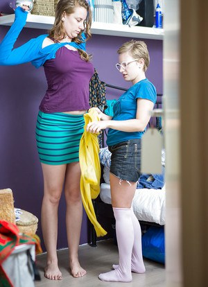Tall and short lesbians Nichole and Zina get dressed after dyke sex