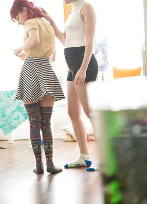 Amateur chicks in socks Bobbie and Thais getting dressed after lesbo sex
