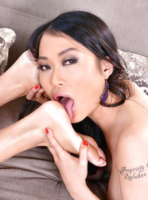 Asian dykes PussyKat and Anissa Kate worshiping each others feet and heels