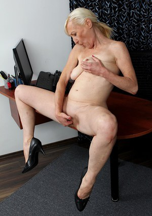 Short haired mature secretary Tina baring her granny tits and ass