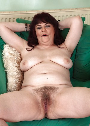 Mature chunker Christina X revealing big saggy boobs and hairy cooter