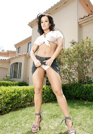 Brunette mom Lisa Ann getting her big knockers wet outdoors