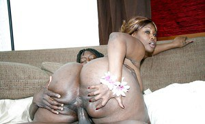 Chubby Ebony whore Decollecter getting her hairy pussy drilled deep