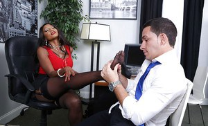 Ebony boss lady Diamond Jackson having stocking covered feet played with