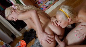 Young blonde Anita Pole and Julia Stone deliver a messy blowjob