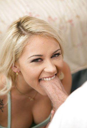 Deepthroating Marsha May loves to have cum dripping down her chin