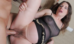 Mature pregnant slut Angela getting her pussy drilled and creampied