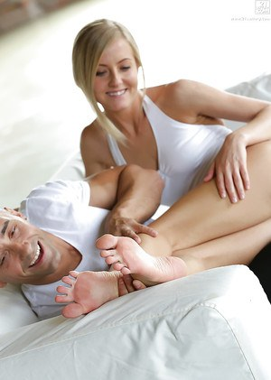 Foot fetish blonde babe Sicilia getting her long legs worshiped