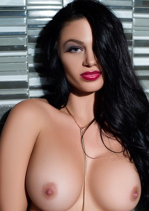 Sultry babe Kaycee Ryan exposing her perfectly formed big tits