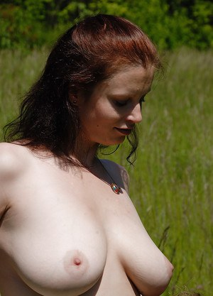 Close up outdoor clit pics compliments of amateur chick Carol