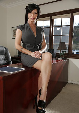 Chunky office lady Shay Fox baring big boobs and ass on top of desk