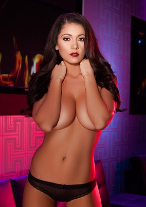 Brunette babe Ali Rose posing topless for sexy glamour photos