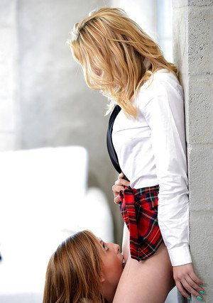 Young blonde schoolgirls Kelly Greene and Cali Sparks lick cunts and ass