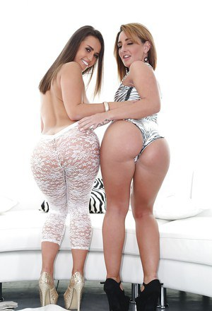 Hot chicks Savannah Fox and Kelsi Monroe pose for semi naked pictures