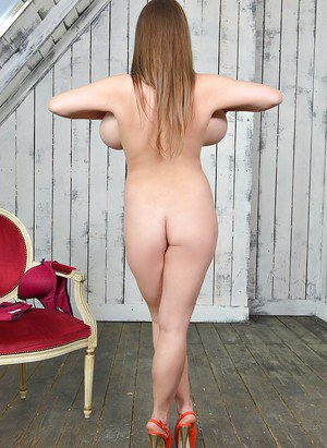 Alix lynx in a various sex challenge 7