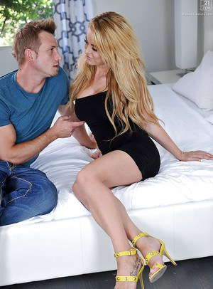 Big boobed blonde chick Corina Blake riding fat cock reverse cowgirl style