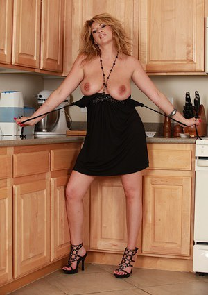 Hot older blonde Lexi Lexxx undressing for nude pics in high heels