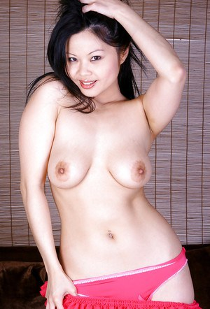 Sexy Latina first timer Ayane modeling topless in pink underwear