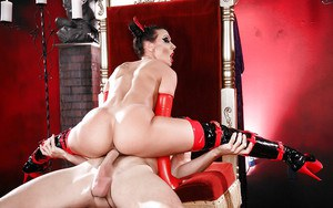 Cosplay chick Rachel Starr getting fucked in stripper boots and long gloves
