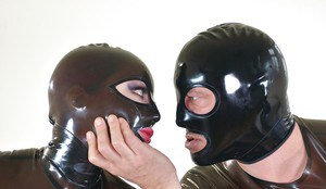 Kinky BDSM sex with Lucia Love and Latex Lucy fisting each others cunt