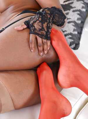 Black babes Maria Ryder and Jasmine Webb insert nylon clad toes into cunts