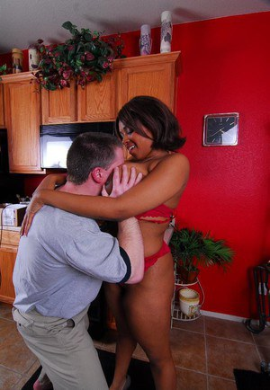 Busty ebony cougar Aleera having black cunt lick out by white stud
