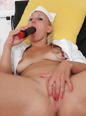 Mature blonde nurse Lenny finger fucking and toying pussy in hospital
