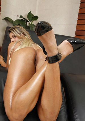 Sexy Brazilian babe Manuelle showing off great legs while masturbating