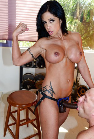 Busty bodybuilder Jewels Jade pegs man in hardcore femdom strapon action