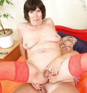 Fat mature dykes lick and masturbate hairy cunts with sex toys in heels