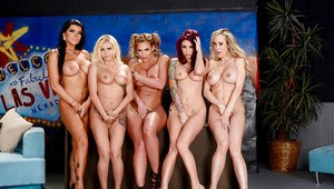 Lesbian orgy with Brandi Love and her pornstar girlfriends
