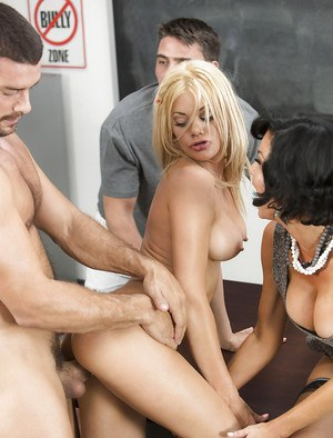 Busty MILF pornstars Riley Steele and Veronica Avluv fuck in FFM threesome