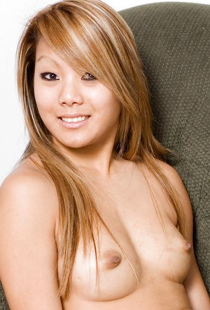 Asian first timer Kandy spreading shaved pussy after jeans removal