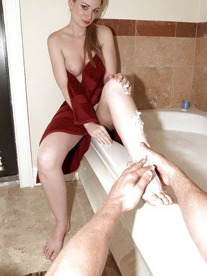 Christine Michaels enjoys foot massage in bath before giving footjob