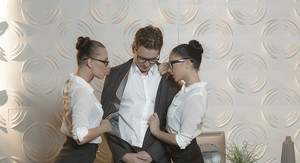 Glasses clad chicks Aidra Fox and Ariana Marie blowing cock in office 3some