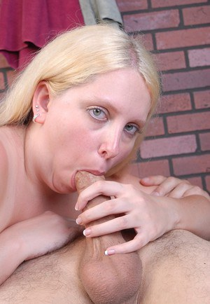 Obese blonde lady Christal eating cumshot from fingers after giving bj