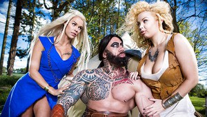 Cosplay pornstars Aruba Jasmine and Peta Jensen have threesome outdoors