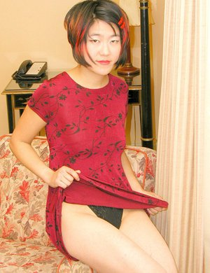 Asian amateur flashing upskirt panties and thigh in high heels