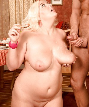 Blonde fatty Daphne Carter stuffing feeder face with food and cock