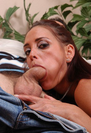 Busty older lady deepthroats cock while giving bj in hardcore sex scene
