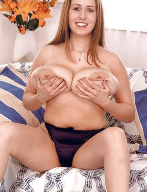 Chubby first timer Nicole Peters unveiling massive all natural tits