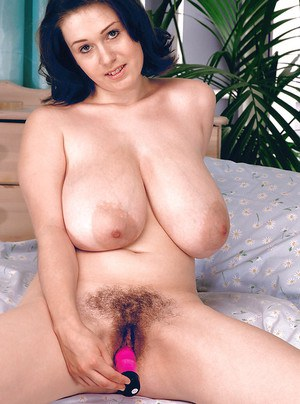 Chubby European first timer Nicole Peters flaunting massive MILF breasts