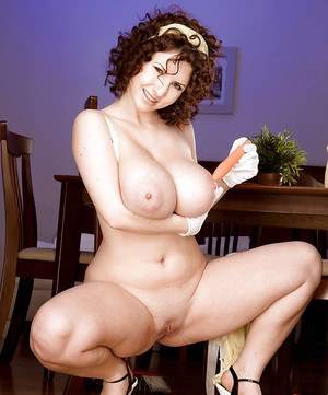 Karina Hart takes break from housework to expose massive melons and vagina