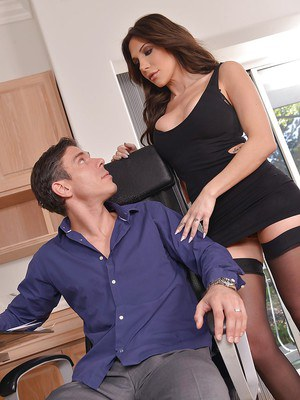 Stocking attired brunette Jaclyn Taylor taking hardcore fucking and cumshot