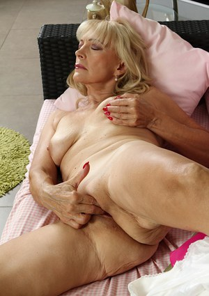 very old nude grannies masterbating